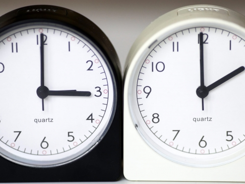 Ilustrativna slika pomicanja kazaljki sata