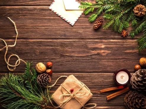 Ilustrativna fotografija božićnog štanda